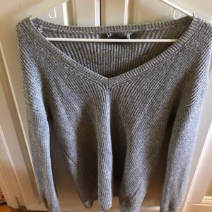 American eagle gray knit v-neck sweater
